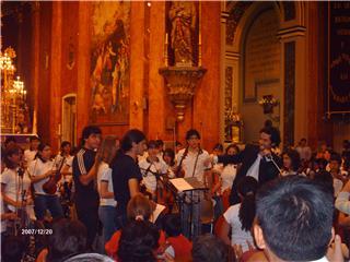 jpg_orquesta_sinfonica_en_el_atrio.jpg